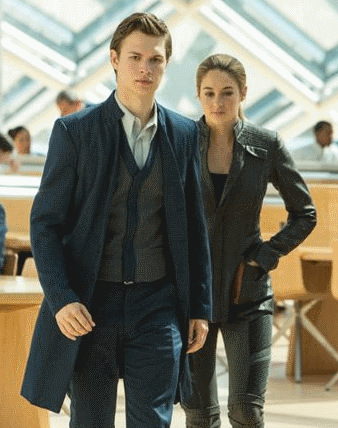 Tris meets Caleb